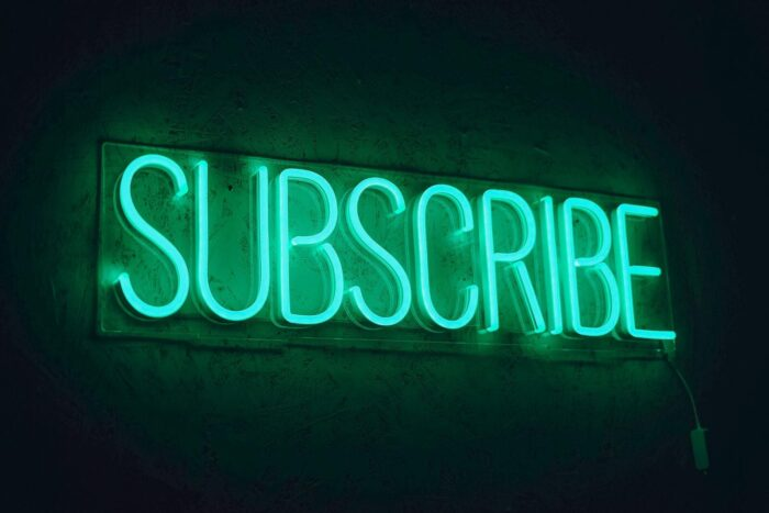 Subscribe из RGB-неона