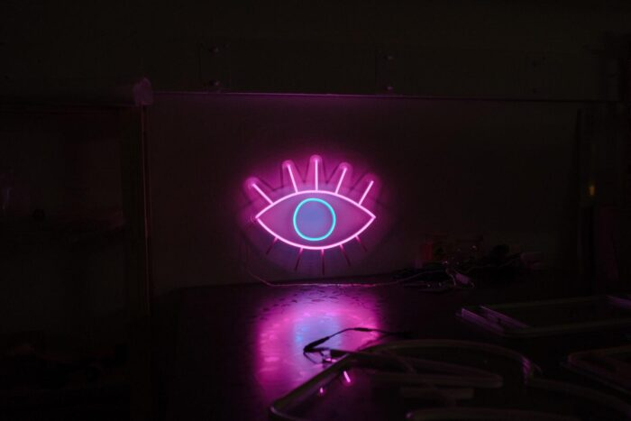 Глаз (динамическое моргание)